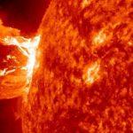 太陽フレアの人体の影響やパソコン等の電子機器への電磁波対策!
